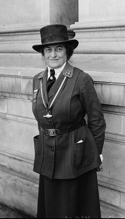dress like daisy girl scout history project