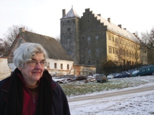 Patricia Kennedy Grimsted outside Horni Libchava castle in Bohemia, where she discovered that Hitler ran a top-secret counter-intelligence center with captured French intelligence and security archives. Soviet troops captured the materials in May 1945 and removed them to Moscow.