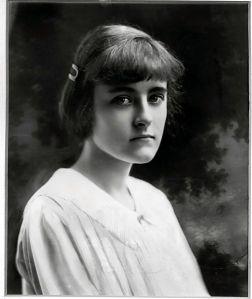 Andree Clark, Huguette's older sister.