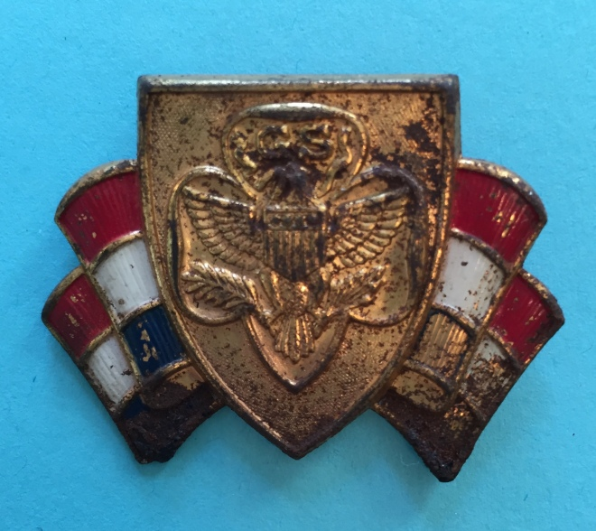 tri-color-pin